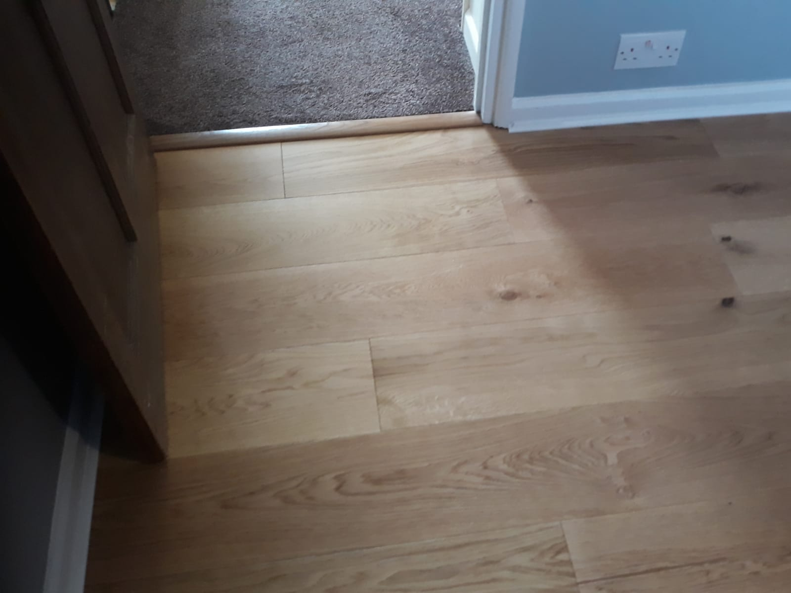 Fitted Oak Engineered Floor With White Beading Peter Andrews